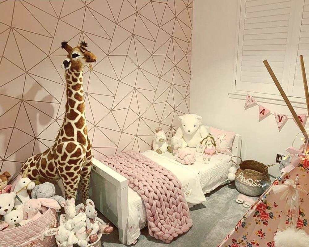 Small Bedroom Decorating Ideas | I Love Wallpaper