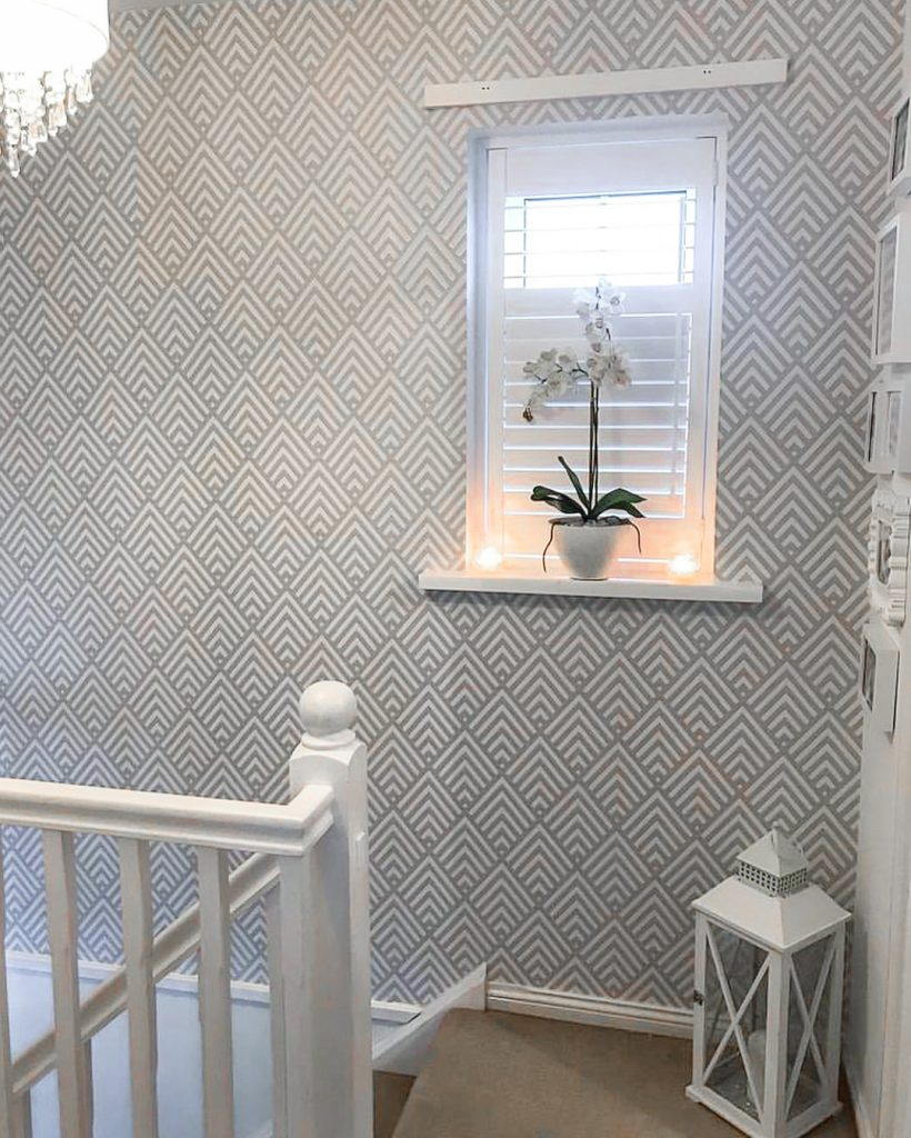 Staircase Ideas For Your Hallway That Will Really Make An: Hallway Decorating Ideas
