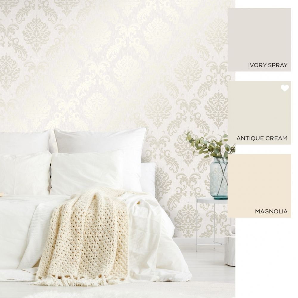 Chelsea Glitter Damask Wallpaper White Silver