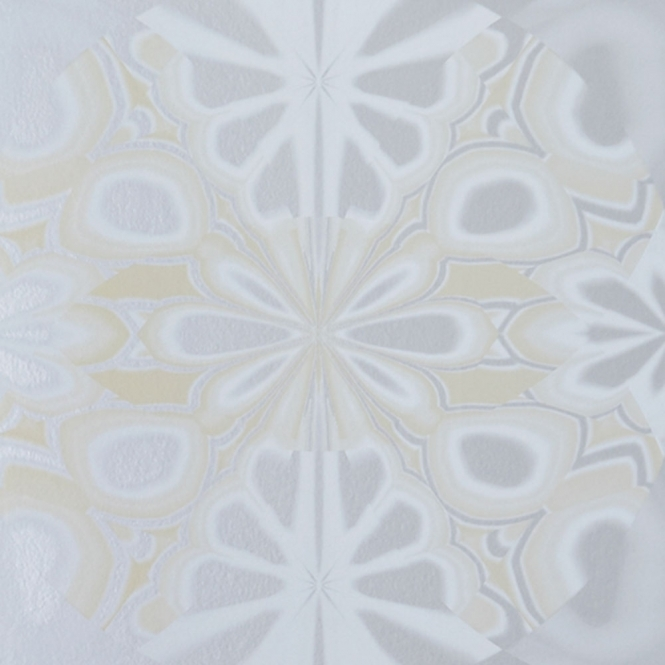 Jocelyn Warner Kaleido Hand Screen Printed Retro Wallpaper Silver (JWP-807)