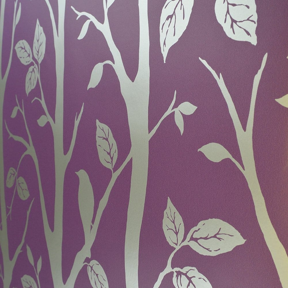 Purple grey wallpaper grey and purple bedroom features an for Purple and grey wallpaper